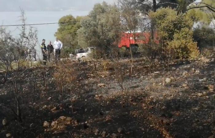 Πυρκαγιά από κολώνα της ΔΕΗ στο Θυνί Ερμιονίδας