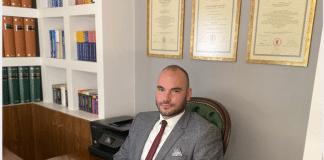 δικηγόρος Βασίλης Δελής
